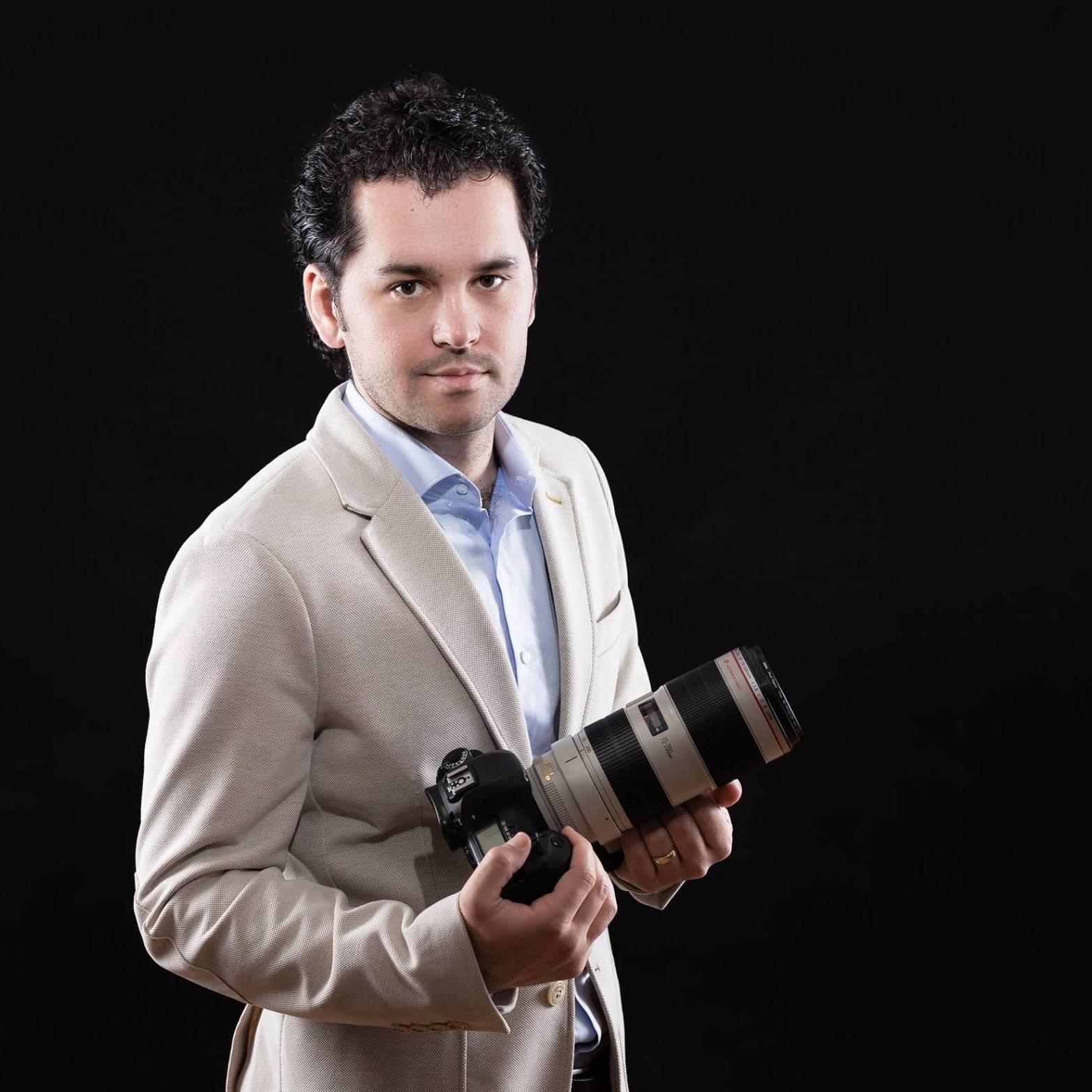 Filmari nunti StudioBlitz.ro, filmare nunta, cameraman nunta, servicii video profesionale.